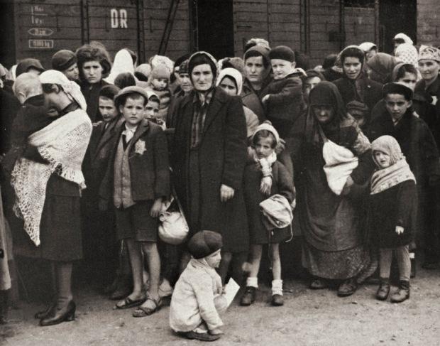Auschwitz , 1943 ©Fototeca/Leemage